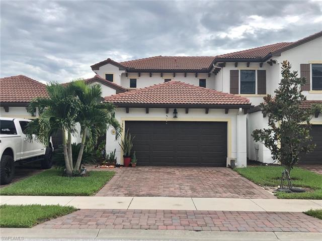 7890 Bristol Cir, Naples, FL 34120
