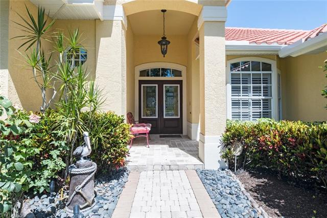 5186 Kensington High St, Naples, FL 34105
