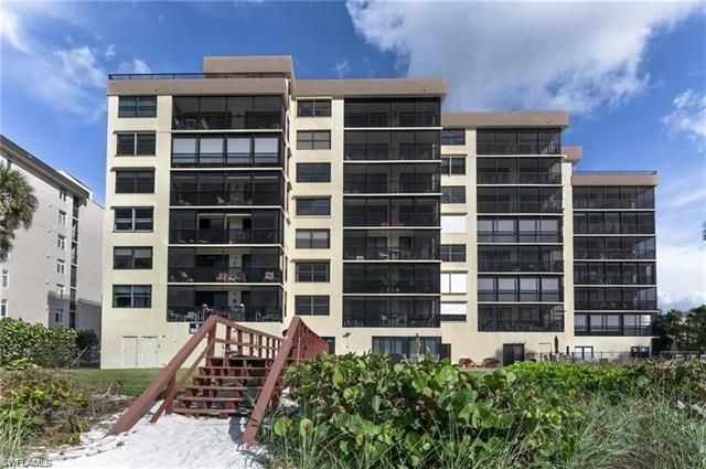 9375 Gulf Shore Dr 703, Naples, FL 34108