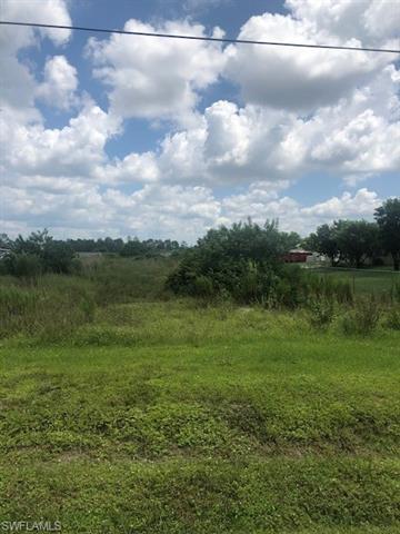 3220 Everglades Blvd N, Naples, FL 34120