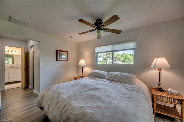 6711 Sunrise Ln, Bokeelia, FL 33922