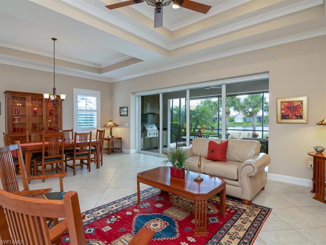 5085 Tortola Ct, Naples, FL 34113