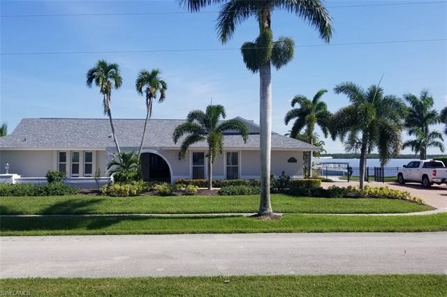 451 Pepperwood Ct, Marco Island, FL 34145