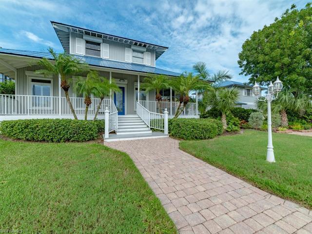 478 Hartley St, Marco Island, FL 34145