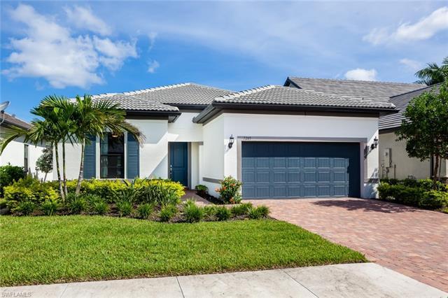 7285 Birchmore St, Naples, FL 34109