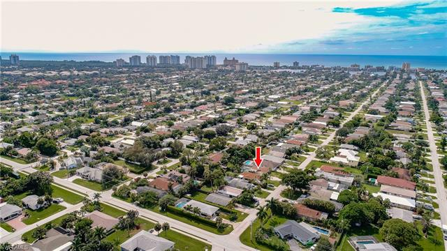 778 98th Ave N, Naples, FL 34108