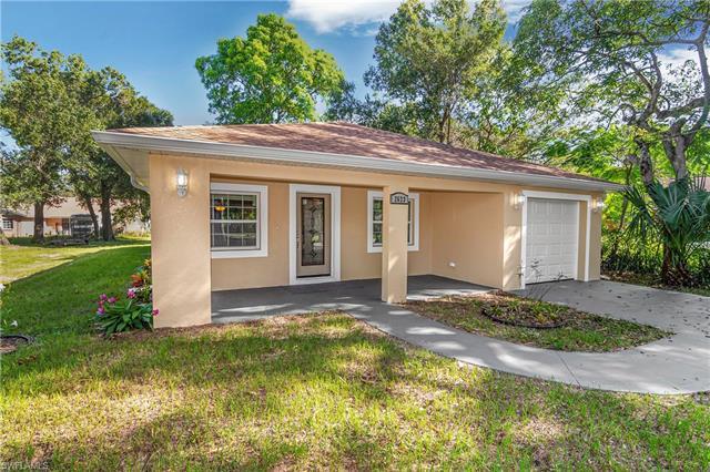 2623 Blake St, Fort Myers, FL 33916