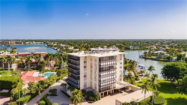 2170 Gulf Shore Blvd N 2-72w, Naples, FL 34102