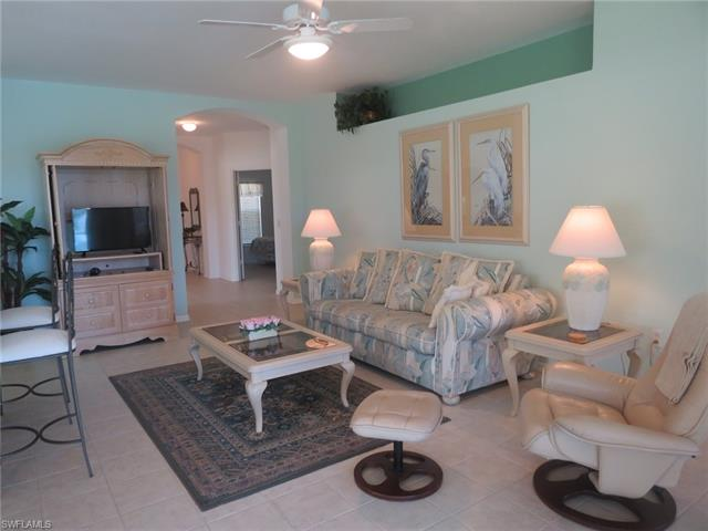 5615 Northboro Dr 102, Naples, FL 34110