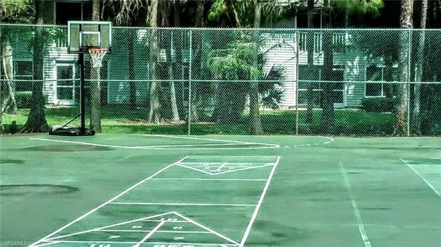 1765 Courtyard Way C-205, Naples, FL 34112