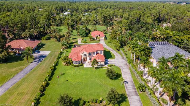5811 Shady Oaks Ln, Naples, FL 34119