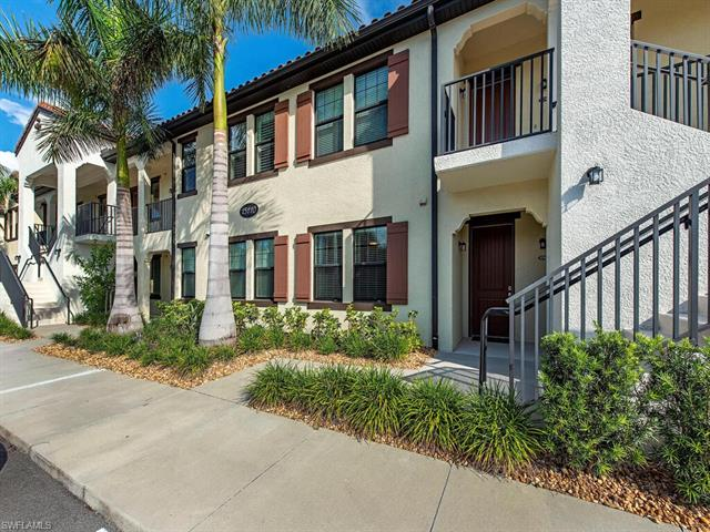 15110 Palmer Lake Cir 104, Naples, FL 34109
