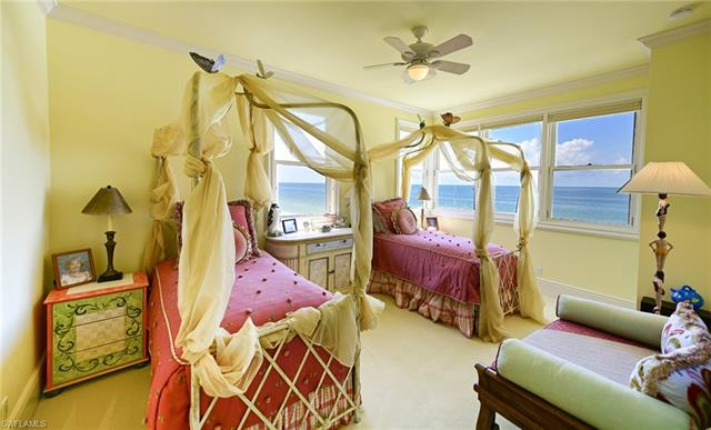 103 Saint Lucia Ln, Bonita Springs, FL 34134