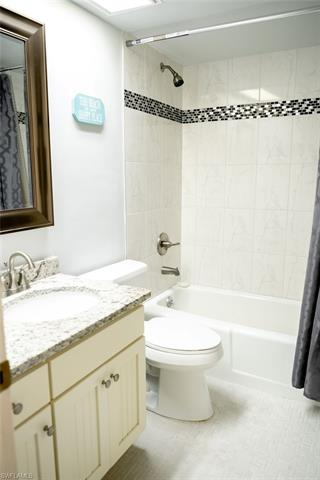 1100 8th Ave S 302a, Naples, FL 34102