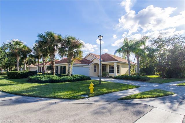 6137 Highwood Park Ln, Naples, FL 34110