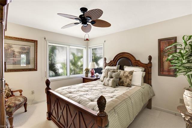 101 Dominica Ln, Bonita Springs, FL 34134