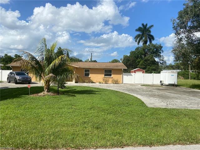 10111 Georgia St, Bonita Springs, FL 34135