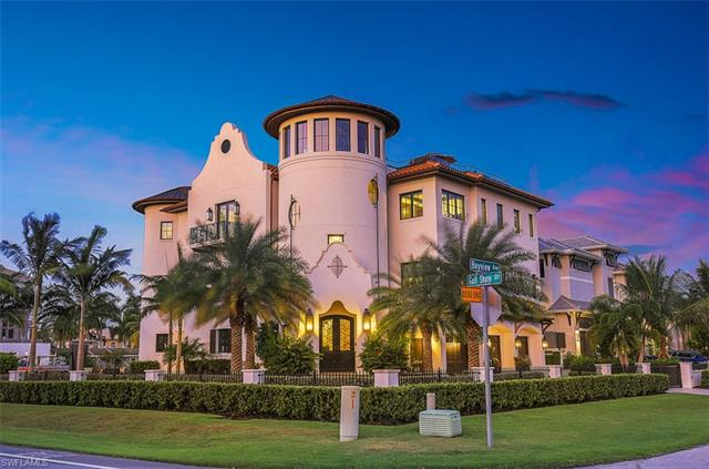 10080 Gulf Shore Dr, Naples, FL 34108
