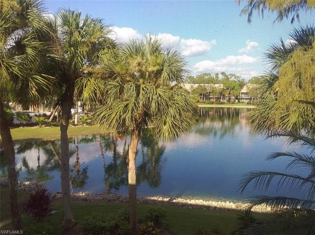 2274 Hidden Lake Dr 402, Naples, FL 34112