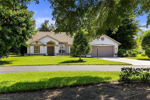 28996 Seton Ct, Bonita Springs, FL 34134