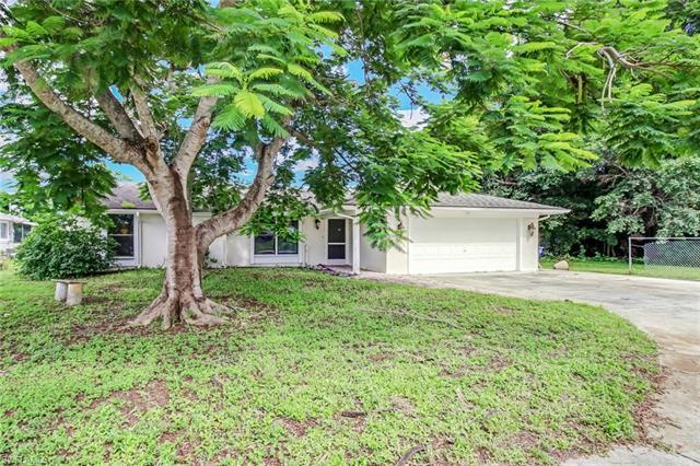 27989 Lance Dr, Bonita Springs, FL 34135