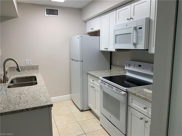 5317 Summerlin Rd 1706, Fort Myers, FL 33919