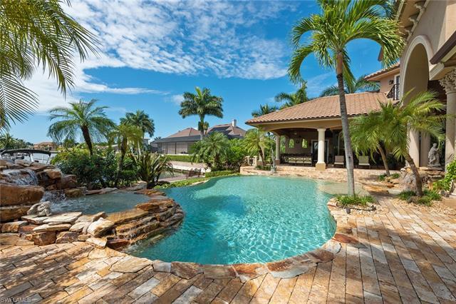 540 Hammock Ct, Marco Island, FL 34145