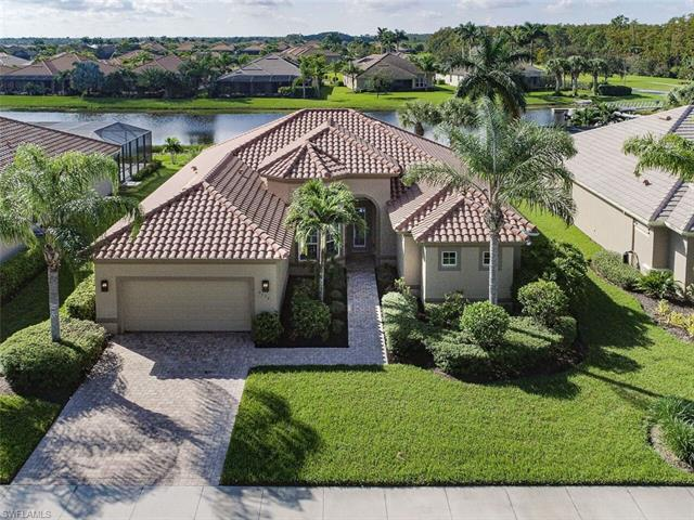 9392 Copper Rock Ct, Naples, FL 34120