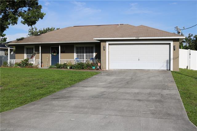 17557 Phlox Dr, Fort Myers, FL 33967