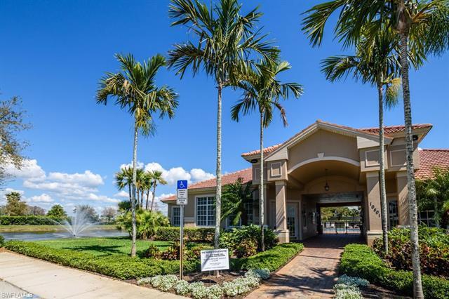10448 Yorkstone Dr, Bonita Springs, FL 34135