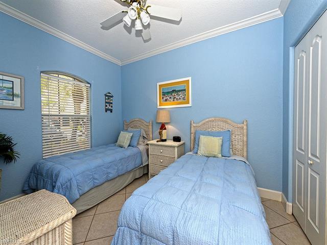 575 101st Ave N, Naples, FL 34108