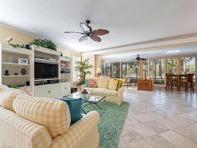 782 Eagle Creek Dr 101, Naples, FL 34113