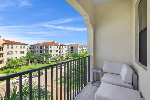 16386 Viansa Way 301, Naples, FL 34110