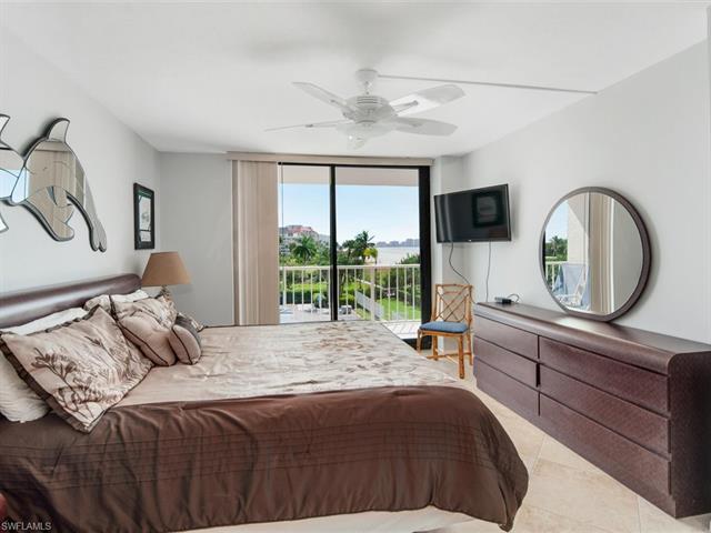 380 Seaview Ct 311, Marco Island, FL 34145