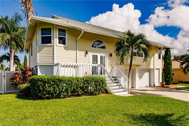 4830 Regal Dr, Bonita Springs, FL 34134