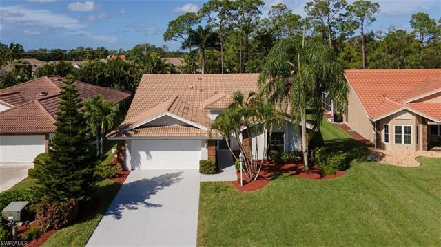425 Countryside Dr, Naples, FL 34104