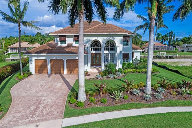 981 Inlet Dr, Marco Island, FL 34145
