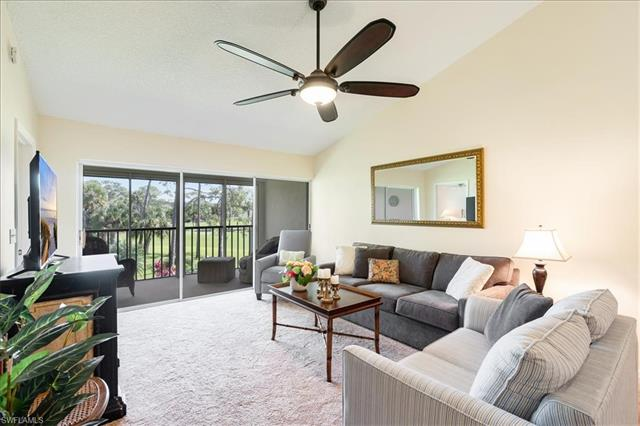 256 Deerwood Cir 11-8, Naples, FL 34113