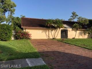 2323 Pinewoods Cir 13, Naples, FL 34105