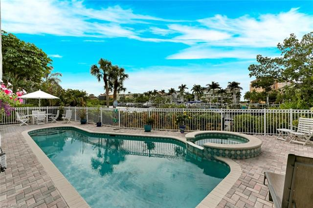 98 Southport Cv, Bonita Springs, FL 34134