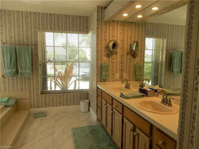 13080 Bridgeford Ave, Bonita Springs, FL 34135
