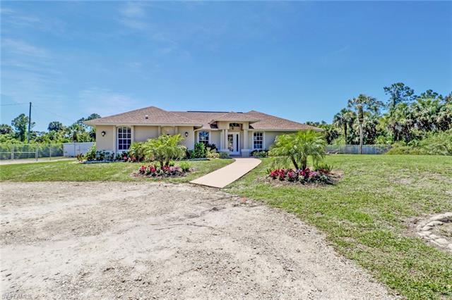 1921 Everglades Blvd N, Naples, FL 34120