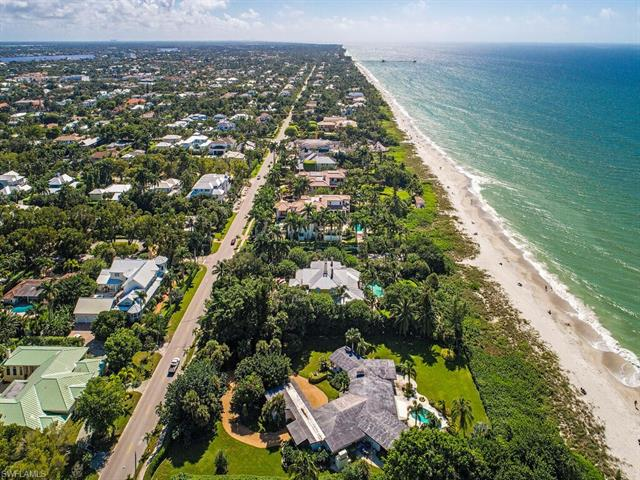 275 Gulf Shore Blvd N, Naples, FL 34102