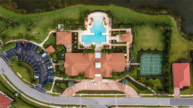 1511 Santiago Cir, Naples, FL 34113