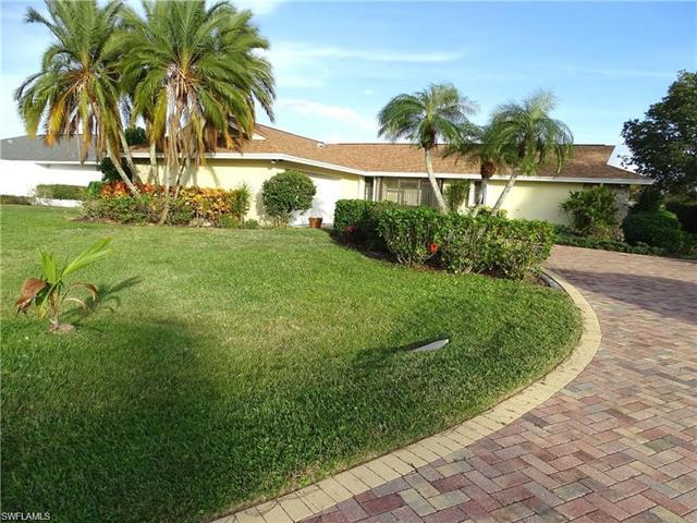 28387 Las Palmas Cir, Bonita Springs, FL 34135
