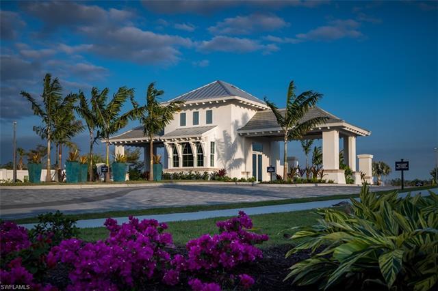 9048 Saint Lucia Dr, Naples, FL 34114