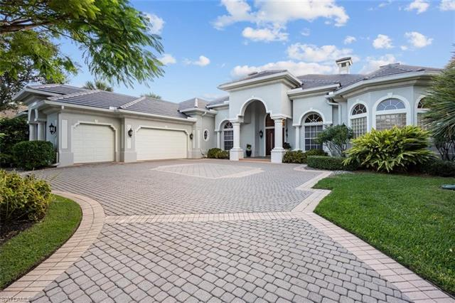 392 Terracina Way, Naples, FL 34119