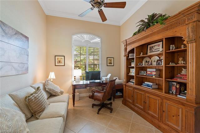 11918 Heather Woods Ct, Naples, FL 34120