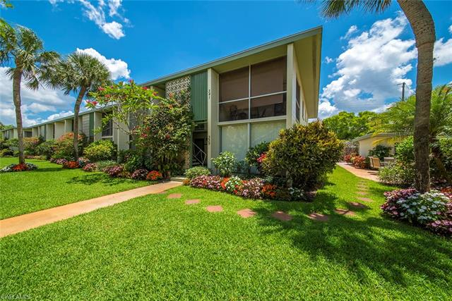 337 6th St S 337, Naples, FL 34102