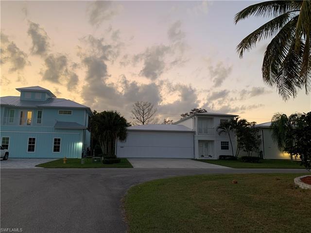 4001 Skyway Dr Lot#20, Naples, FL 34112